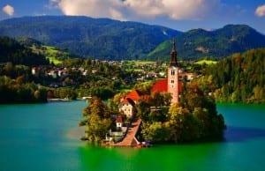 絶対に訪れたいヨーロッパの最も美しい村や町10選【あまり知られていない景観!】