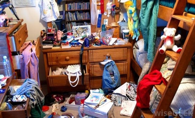 messy-room_R