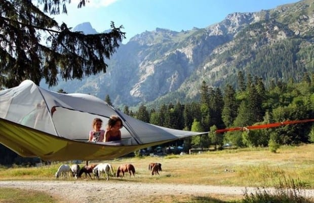 suspended-treehouse-tent-tentsile-alex-shirley-smith-9_R