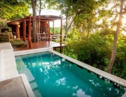 心も体もすっかり癒される!Airbnbの中でも特に美しい「大自然の一軒屋」6選