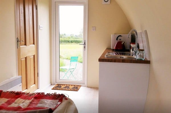 Widget_s Farm Luxury Glamping - Cabins for Rent in Standerwick-3