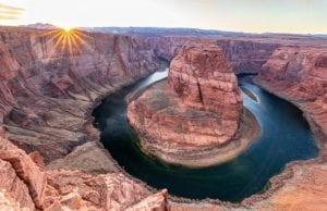 【奇岩と川が織りなす魔法】ホースシューベンドを知る6つの事実