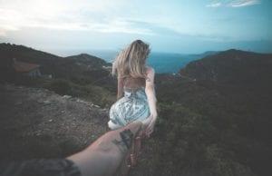 【知識ゼロから真似る】おしゃれな旅行写真撮影のコツ11選(ポーズや撮り方のアイデア)